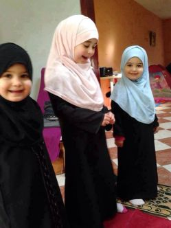 5aab8b67e91c787ba43cdd0c6c414886--hijab-islam-fashion-muslimah.jpg